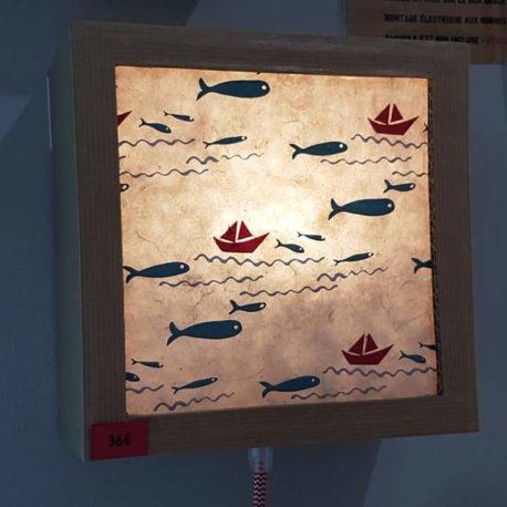 Luminaire en carton recyclé finitions papier artisanal