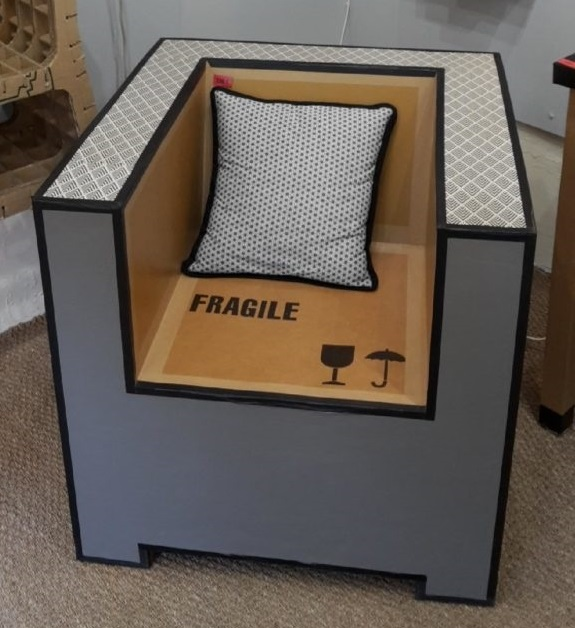 Du Mobilier En Carton Made In Ariege La Chaise En Carton